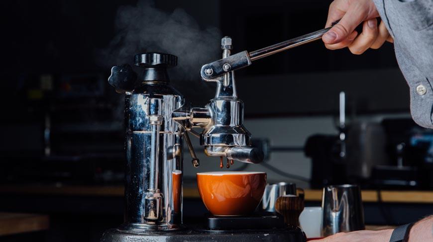 Những điều cần biết về cà phê hạt rang pha máy Espresso ngon mà bạn nên thử một lần!